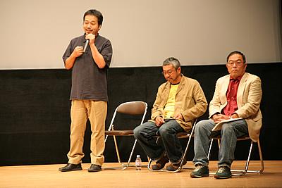 http://www.mirai-cinema.jp/image/img_100921-11.jpg