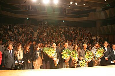 http://www.mirai-cinema.jp/image/img_100921-5.jpg